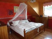 Schlafzimmer komplett teilmassiv