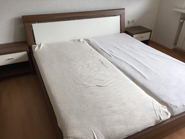 schlafzimmer komplett und schr nke sonstige schlafzimmerm bel. Black Bedroom Furniture Sets. Home Design Ideas