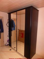 Schlafzimmer Spiegel-Schiebetürenschrank