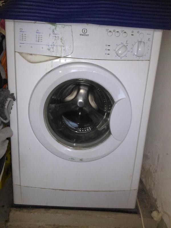 SCHNÄPPCHEN Waschmaschine INDESIT in Lauterach