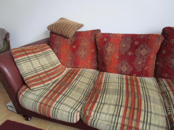 sch ne bigben couch kaum benutzt neuwertig kein tierhaushalt nichtraucher in r thi sg. Black Bedroom Furniture Sets. Home Design Ideas