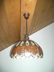 Schöne Lampe aus