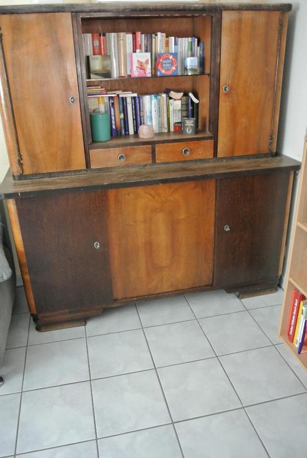 sch ner alter schrank in bickenbach schr nke antiquarisch kaufen und verkaufen ber private. Black Bedroom Furniture Sets. Home Design Ideas