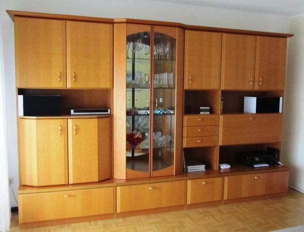 schrankwand in erle mit tv fach glasvitrine und barfach in m nchen wohnzimmerschr nke. Black Bedroom Furniture Sets. Home Design Ideas