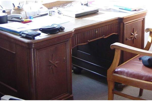 schreibtisch b cherschrank antik 30er jahre massivholz eichenfurnier in neufahrn. Black Bedroom Furniture Sets. Home Design Ideas