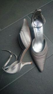 Schuhe Größe 39