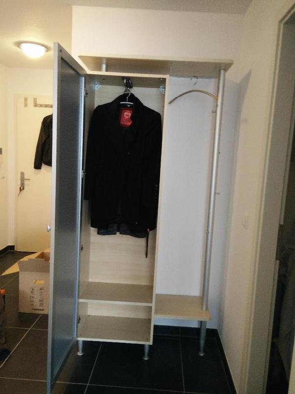 sehr sch ne garderobe ahorn alufarbig in ilvesheim. Black Bedroom Furniture Sets. Home Design Ideas