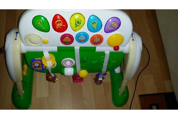 Spieltisch von chicco in oelsa baby und kinderartikel