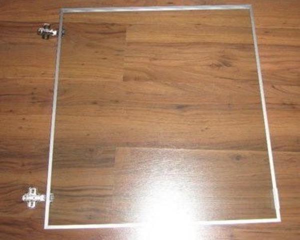 suche ikea besta tombo glasvitrinen t r 60cm x 64cm in. Black Bedroom Furniture Sets. Home Design Ideas