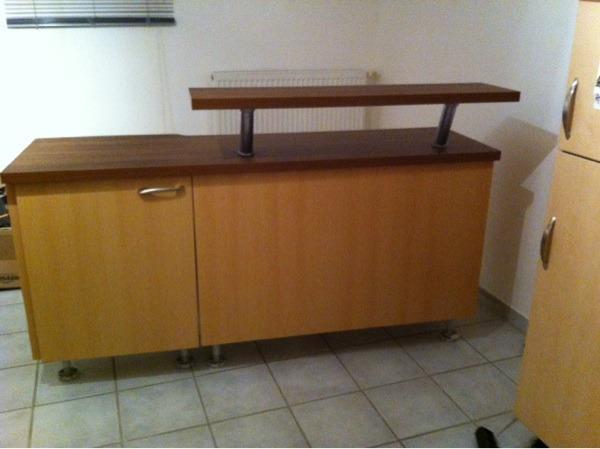 super k chentheke buche dunkelbraun in sinsheim. Black Bedroom Furniture Sets. Home Design Ideas