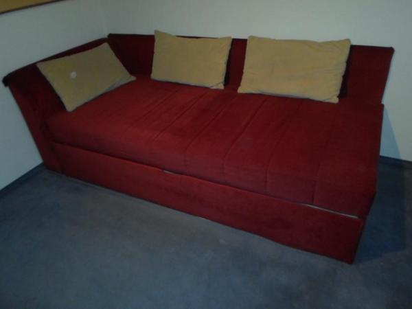 tagesbett in m nchen betten kaufen und verkaufen ber private kleinanzeigen. Black Bedroom Furniture Sets. Home Design Ideas