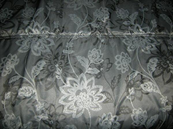 tagesdecke bett berwurf f r wasserbett geeignet grau schwarz wei xxl top zustand m nchen laim. Black Bedroom Furniture Sets. Home Design Ideas