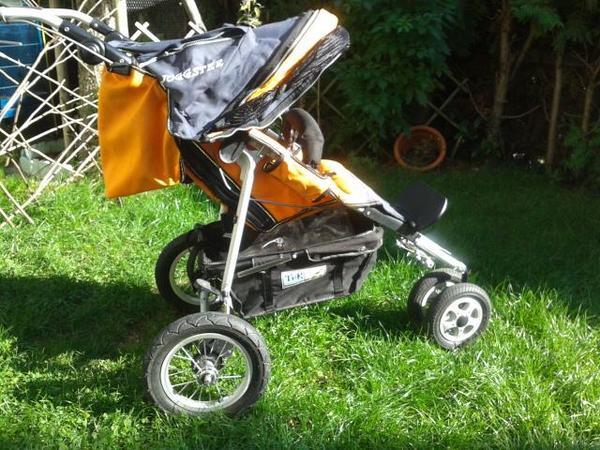 biete super erh tfk joggster i in farbe orange marine mit. Black Bedroom Furniture Sets. Home Design Ideas