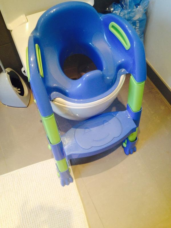 toilettenerh hung f r kinder toilettentrainer kiddyloo in erlangen laufst lle hochst hle. Black Bedroom Furniture Sets. Home Design Ideas