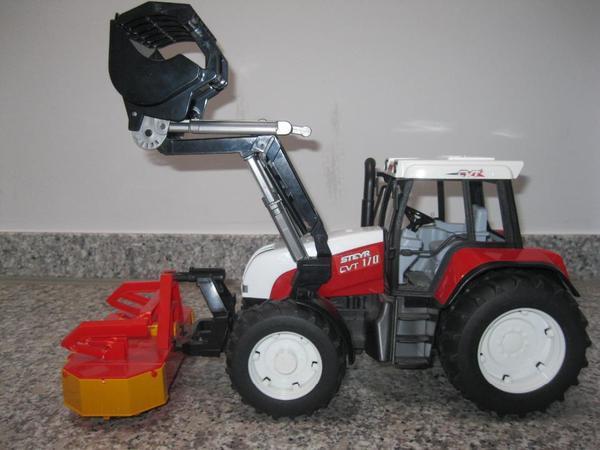 Traktor steyr mit mähwerk von bruder in münchen