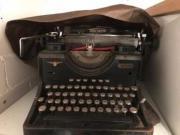 Triumph Schreibmaschine Adlerwerke,