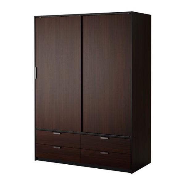 kleiner wei er ikea h ngeschrank mit schiebet r raum. Black Bedroom Furniture Sets. Home Design Ideas