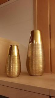 Vasen Dekorative Blumenvasen Set neu o. a. 2 Vasen Set. Abmessungen ca.: H. = 31 cm und D. = 13 cm und 19 cm/ 10 cm. Schauen Sie bitte auch nach meinen anderen Angeboten, wir bauen um. ... 30,- D-75015Bretten Heute, 00:36 Uhr, Bretten - Vasen Dekorative Blumenvasen Set neu o. a. 2 Vasen Set. Abmessungen ca.: H. = 31 cm und D. = 13 cm und 19 cm/ 10 cm. Schauen Sie bitte auch nach meinen anderen Angeboten, wir bauen um