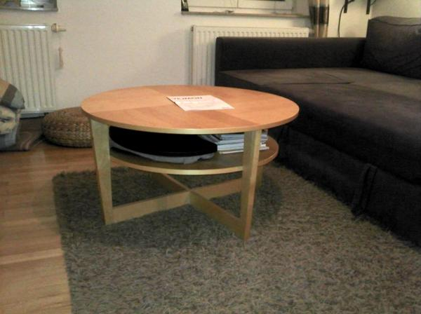 Verkaufe VEJMON Couchtisch (IKEA) Birkenfurnier in gutem