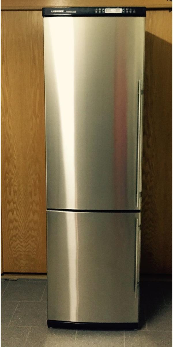 liebherr kgbes 4046 seitenteile und t ren aus edelstahl h he 198cm breite 63cm gefrierteil. Black Bedroom Furniture Sets. Home Design Ideas