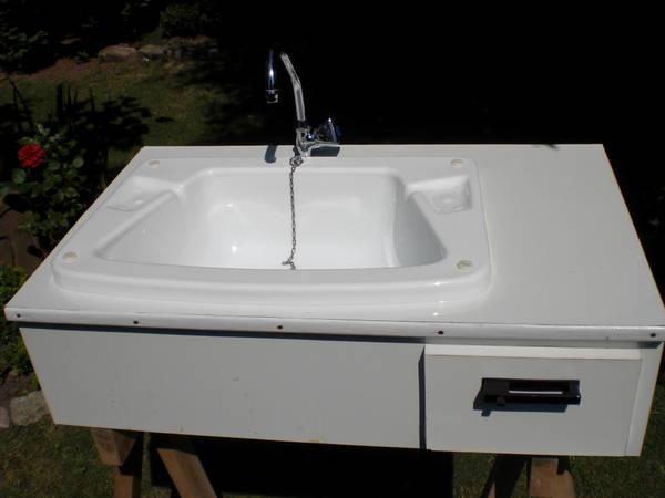 waschbecken ablage neu und gebraucht kaufen bei. Black Bedroom Furniture Sets. Home Design Ideas