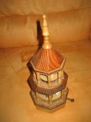 Weihnachtsspieluhr aus Holz,