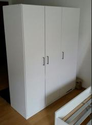 ikea schrank 3 t rig elga schiebet r weiss kleiderschrank. Black Bedroom Furniture Sets. Home Design Ideas