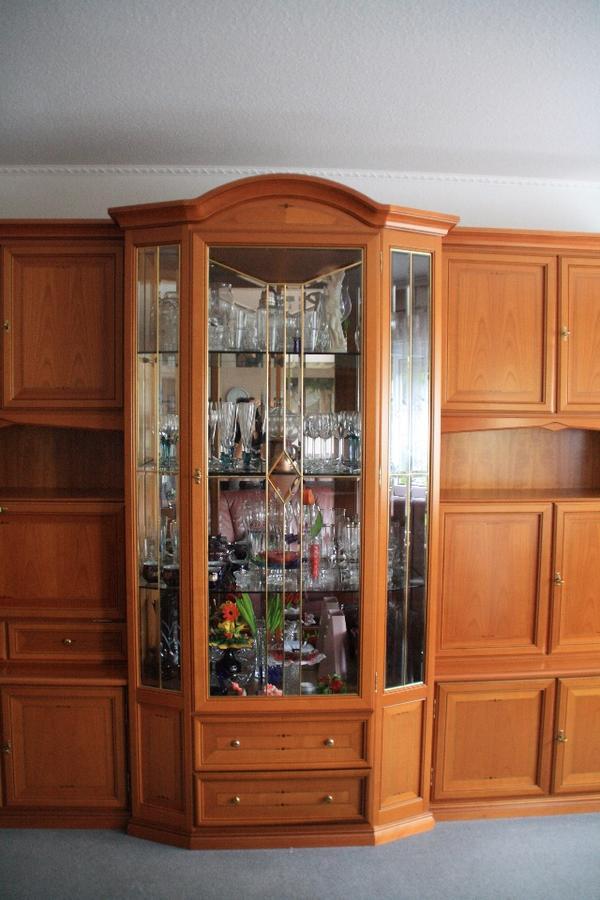 wohn schrank gebraucht kaufen nur noch 2 st bis 60. Black Bedroom Furniture Sets. Home Design Ideas