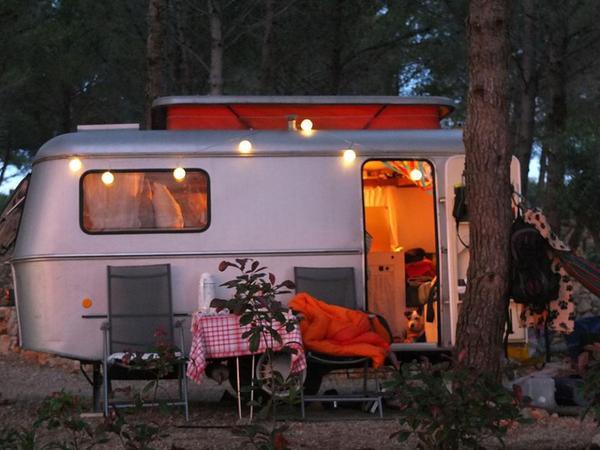 wohnwagen hymer eriba triton 39 vintage look 39 in m der kaufen und verkaufen ber private. Black Bedroom Furniture Sets. Home Design Ideas