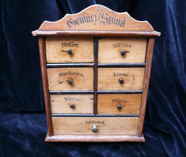 wundersch ner gew rzschrank gew rzregal antik um 1900 tolles geschenk in stuttgart. Black Bedroom Furniture Sets. Home Design Ideas
