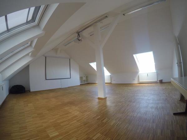Vermietung Ateliers, Übungsräume - Yogaraum Kursraum Seminarraum in München Pasing