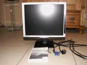 19 Zoll LCD