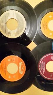 4 alte Vinyl-