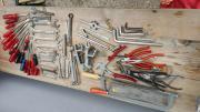 63 Werkzeuge Schraubendreher,