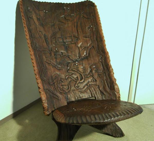 afrika stuhl masterchair zweiteilig steckstuhl sehr schweres hartholz schnitzereien. Black Bedroom Furniture Sets. Home Design Ideas