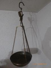 Alte Kupfer-Handwaage