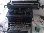 alte Schreibmaschine Urania