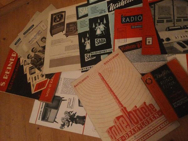 alte zeitschriften und pl ne zur radio funktechnik in bregenz sonstige sammlungen kaufen und. Black Bedroom Furniture Sets. Home Design Ideas