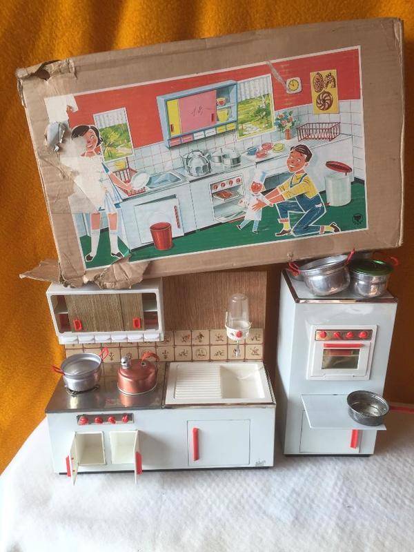 Antike Kinder Puppen Spiel Küche in Viernheim - Sonstige ...