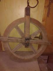 Antikes Scheunen Holzrad