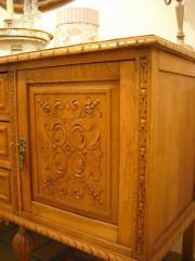 Antikes Wohnzimmer Esszimmer Tisch Vitrine Kommode In Mettmann