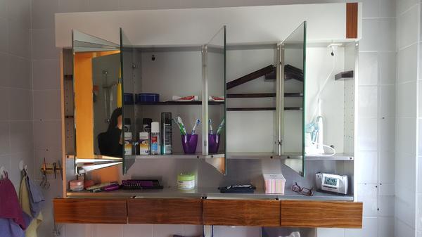 spiegelschrank schubladen neu und gebraucht kaufen bei. Black Bedroom Furniture Sets. Home Design Ideas