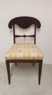 Biete 4 antike Stühle im Set, 2 Sessel und 2 Stühle in Heidelberg ...