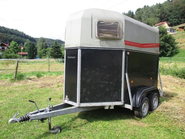 pferdetransporter neu und gebraucht kaufen bei. Black Bedroom Furniture Sets. Home Design Ideas