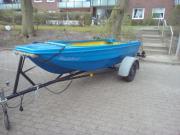 Boot mit Trailer