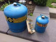 Campinggasflaschen und Doppelabzweigung