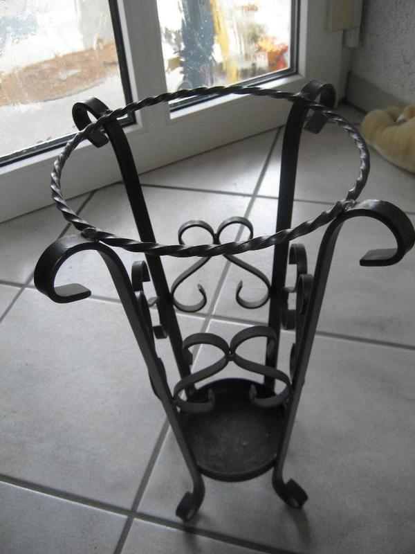 dekorativer Schirmständer Schmiedeeisen Ständer für