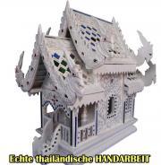 echtes neues thailändisches Geisterhaus Teak