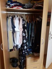 Eckkleiderschrank begehbar  Begehbarer Eckkleiderschrank - Haushalt & Möbel - gebraucht und ...