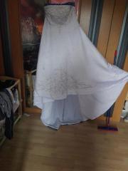 Ein Braut Kleid